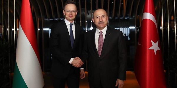 The meeting of Foreign Minister Mevlüt Çavuşoğlu with Foreign Minister Peter Szijjarto of Hungary, 13 February 2019