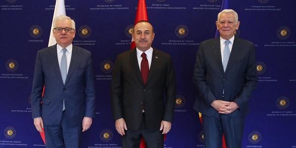 Foreign Minister Mevlüt Çavuşoğlu Hosts the Trilateral Meeting of Ministers of Foreign Affairs of Turkey, Poland and Romania, 19 April 2019